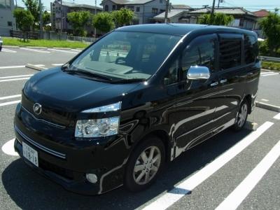 トヨタ・ヴォクシーの画像 p1_3